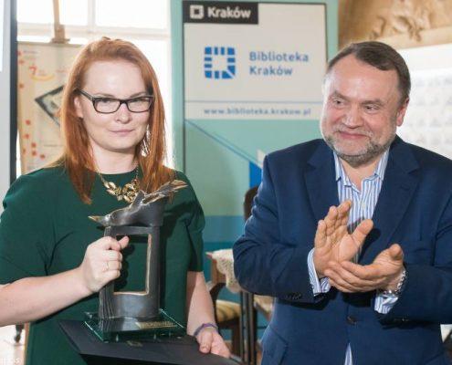 Katarzyna Maziarz podczas wręczenia Nagrody Żółtej Ciżemki