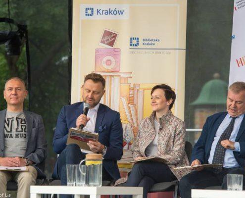 Czytają: Stanisław Moryc, Robert Piaskowski, Magdalena Doksa-Tverberg, Sławomir Pietrzyk