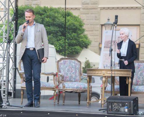 Na scenie Anna Polony i Paweł Kumięga
